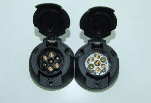twin-7-pin